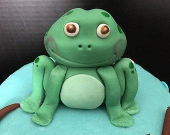 Fondant Frog Cake Topper