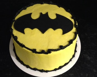 Fondant/sugarpaste Batman Cake Topper