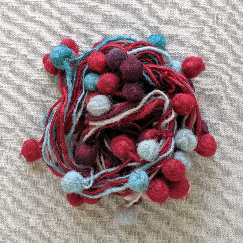 Art Yarn for Weaving Knitting /& Crochet Wool Pompoms