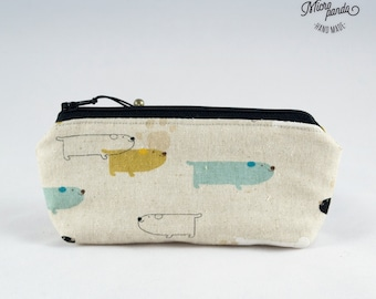 Piccolo astuccio realizzato con stoffe giapponesi con cagnolini