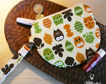 Piccolo astuccio o pochette con laccio realizzato con stoffa giapponese con gufi