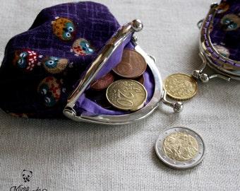 Portamonete con telaio metallico realizzato con stoffa giapponese di gufi
