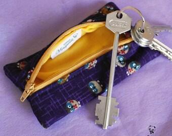 Portachiavi chiuso con cerniera, realizzato a mano con stoffa giapponese con gufi