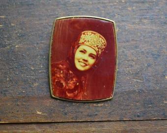 Vintage brass brooch, Old brooch, Russian brooch, Woman Brooch, Girl's face pin, Vintage Jewellery, collectible brooch