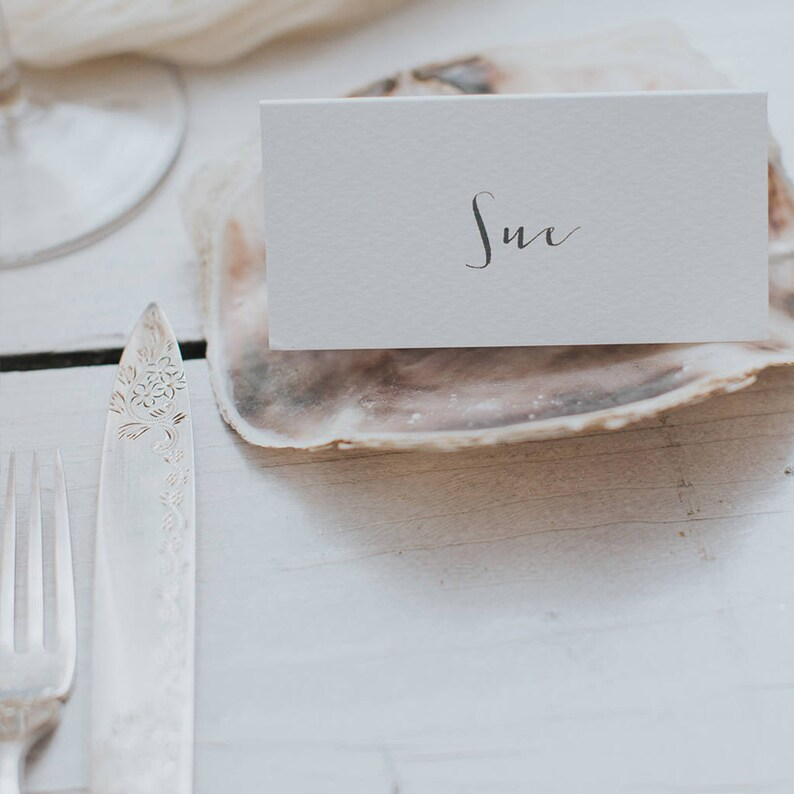 Calligraphy Style Place Cards Name cards. Wedding Escort Cards Elegant Wedding Place Cards