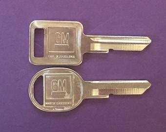 BOTH Keys! Original GM Uncut Supernatural Dean Winchester Baby Impala Cosplay OEM