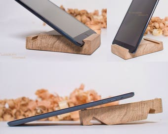 Stand for iPad/Mini/Air <Strong> Nature Oak. Wooden Holder for Tablets.Docking Stations.Stand Home,Kitchen.Apple Accessories|FLinders Shop