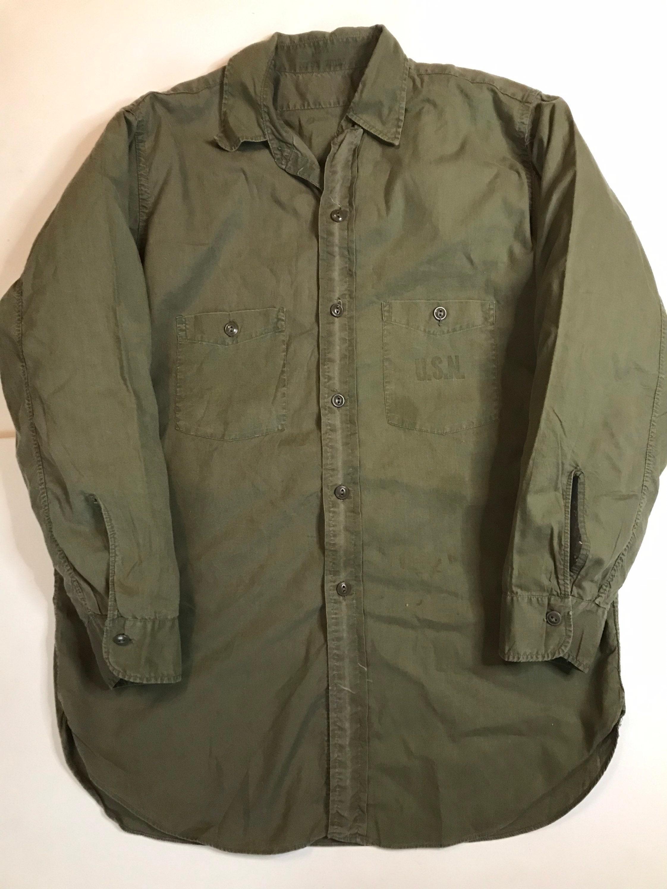 1940s Men's Shirts, Sweaters, Vests Vintage 1940S Usn N-3 Poplin Field Shirt Mens Size ML Ww2 $200.00 AT vintagedancer.com