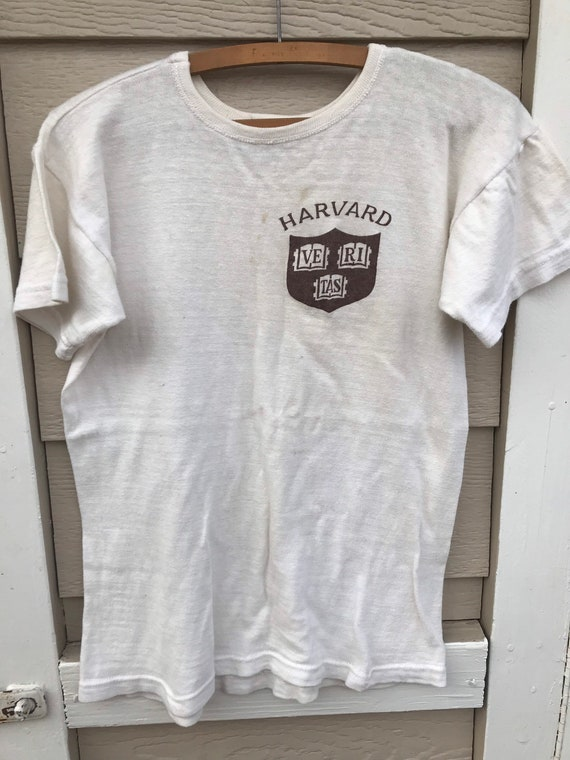 Vintage 1950s Harvard T-Shirt Mens Size XS/S 1950… - image 4