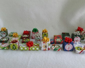 Tiny Times Little Presents Advent Calendar in Miniature  (1/12th Dollhouse Scale) for Holiday Decorating