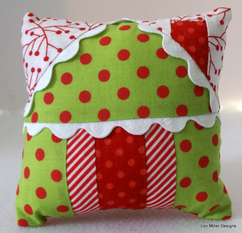 PDF Pattern  Gingerbread House Pincushion Ornament and Gift image 0