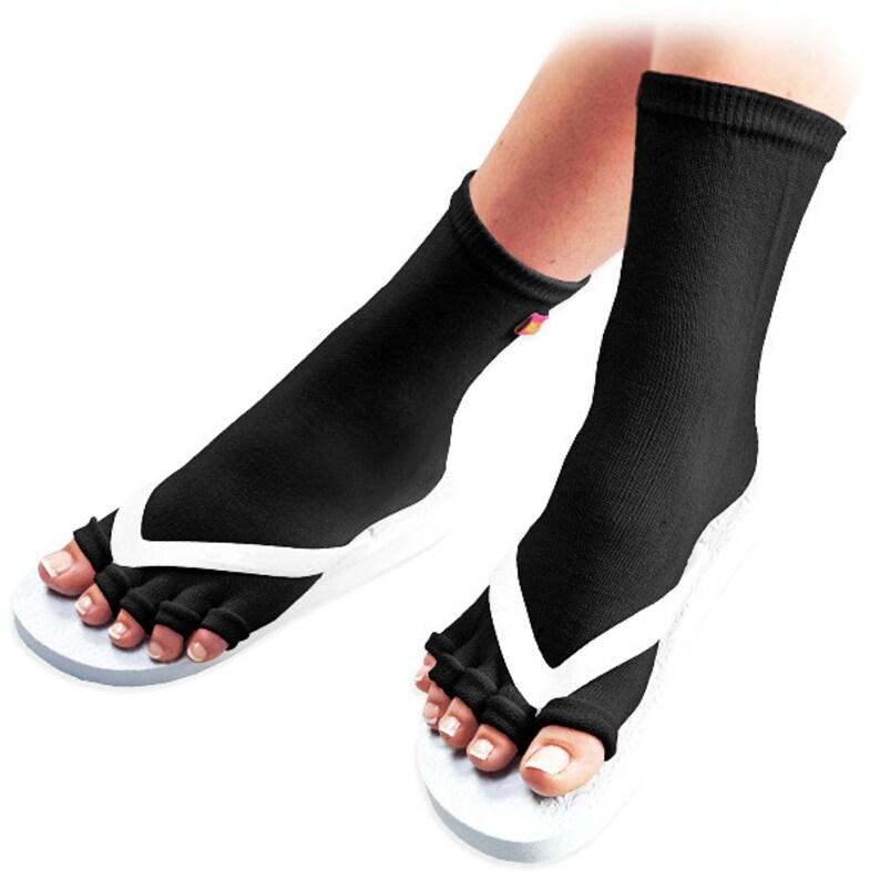 new lifestyle sold worldwide catch Pedisavers Pedicure Socks with Toe Separators