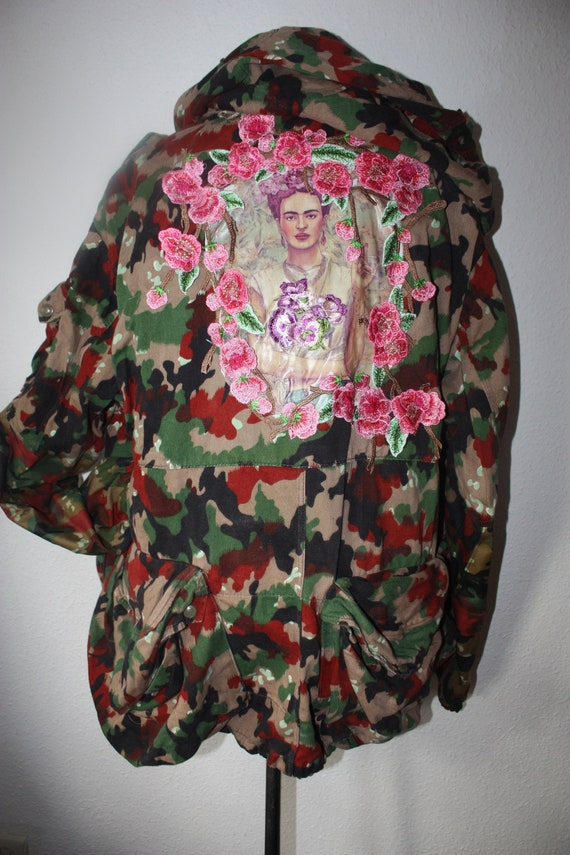 Jacket With Frida Parka Style Flower Vintage Army Swiss Coat Applique Upcycling Military xhdrCQBts