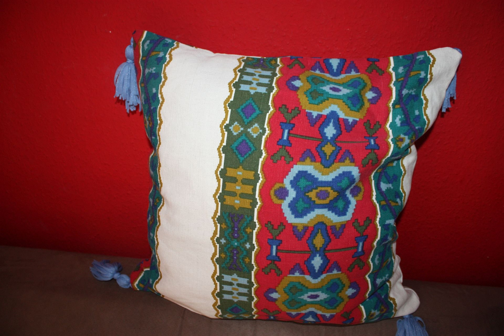 Frida Kahlo for women gift pillow Pillow Cushion Red Ethno  db39f0d747