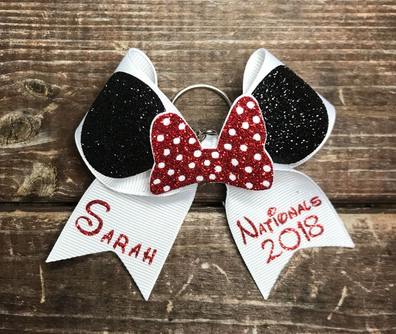 Minnie Mouse bow keychain with name  8bb969000b8a