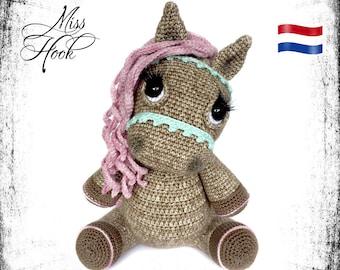 "crochet pattern pony horse ""Hazel"" amigurumi PDF (Dutch)"