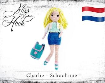 """Haakpatroon voor de pop """"Charlie het schoolmeisje"""" eBook PDF (dutch)"""
