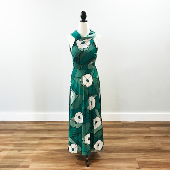 Vintage 1970s green floral sleeveless dress