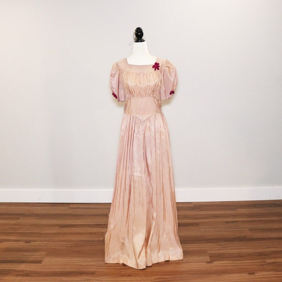 Vintage 1940s Pale Pink Gown