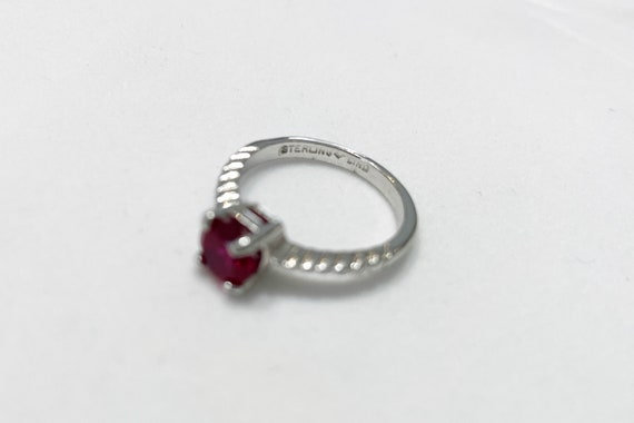 Lovely silver vintage ruby ring - image 2