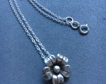Flower pendant necklace, charm pendant, Sterling silver necklace, dainty necklace, Birthday gift, Mother's Day gift, Anniversary gift