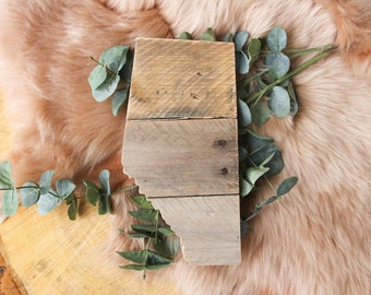 Alberta Sign | Reclaimed Pallet Wood Decor | Province Outline | AB Cutout