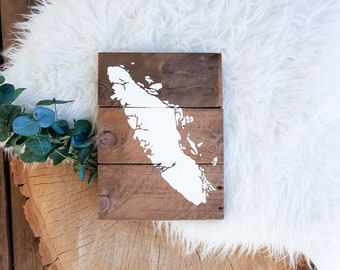 Province or State Sign | Reclaimed Pallet Wood Decor | Mini Customized Hand Painted