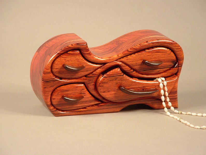 Tsunami Jewelry Box image 0