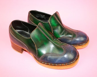 b1cb7cde239b82 Vintage 70s Shoes Uk 7 Two Tone Green Blue Mens RARE Disco Groovy 1970s  Shoes Leather