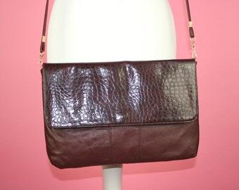 a9f782d2df88e ViNtAgE Ledertasche 80er Jahre Burgundy Shoulder Large Made in Italy Purse