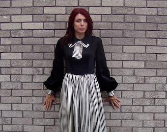Vintage 1970s Susan Small Maxi Dress