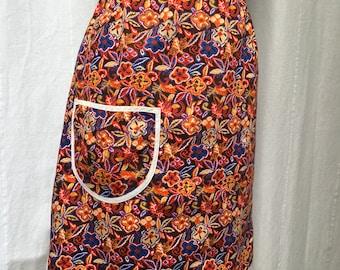 1970s Vintage Cotton Handmade Apron Pinny Hostess Tea Party Kitchenwear
