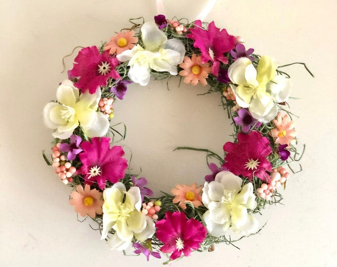 Small Floral Wreath. Spring Wreath. Floral Accent Wreath. Spring Flower. Summer Floral Wreath. Floral Candle Ring. Flower Decor.  Small Wall