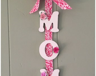 Handmade MOM Wall Hanging