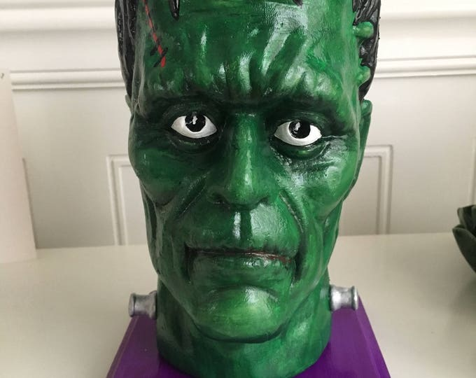 Frankenstein. Halloween Frankenstein Head. Halloween Party. Goth Decor. Hand Painted Frankenstein. Scary Halloween Decoration. Frankie Party