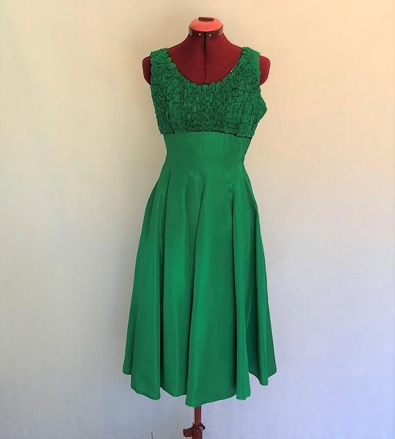 Amazing Emerald Green Vintage Dress~ Vintage Party
