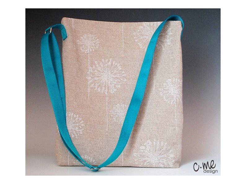 beige textured fabric Dandelion shoulder tote bag