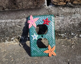 starfish light switch plate, light switch cover, light switch cover, polymer clay switch plate, mermaid light cover, mermaid decor, mermaid