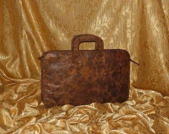 Genuine vintage Giorgio Armani handbag - genuine leather 8c77ccb7b2