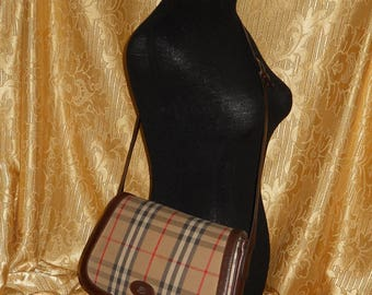 5d738a4732d5 Genuine vintage Burberrys bag - fabric and genuine leather