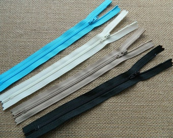 YKK 81cm//32 inch Nylon Open End Medium Weight No 5 Zip
