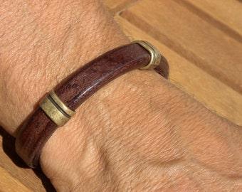 Personalized gift custom bracelet