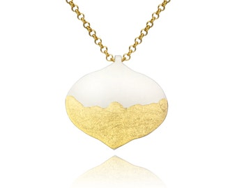 Moroccan Shaped Ogee Powder Coated Cream and Gold Leaf Pendant Necklace