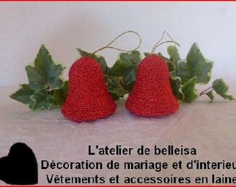 Set of 2 hanging bells in red wool