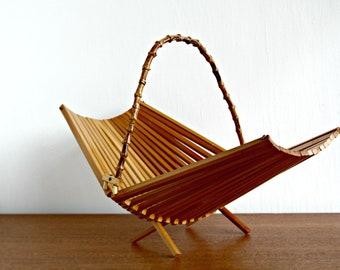Wood Slat and Bamboo Folding Basket Fruit Bowl, Mid Century Modern Wood Fruit Basket with Bamboo Handle