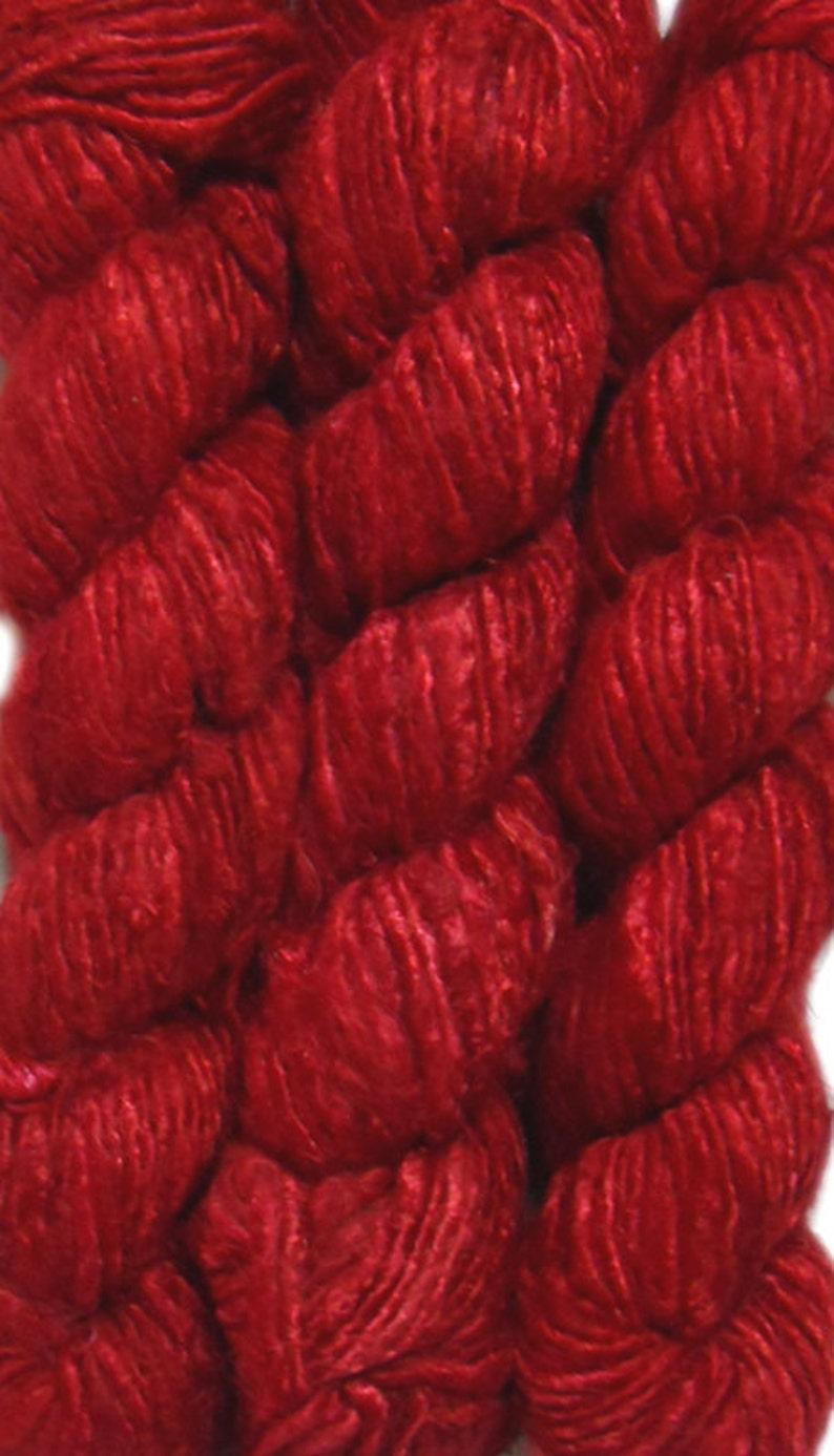 Medium Green 100g// 1 Skein Recycled Banana Silk Yarn Hand-spun Soft Yarns