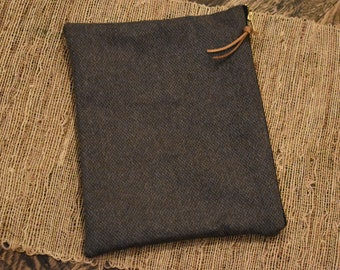 Bible Case // Dark Gray Tweed // Zipper Pouch Bag