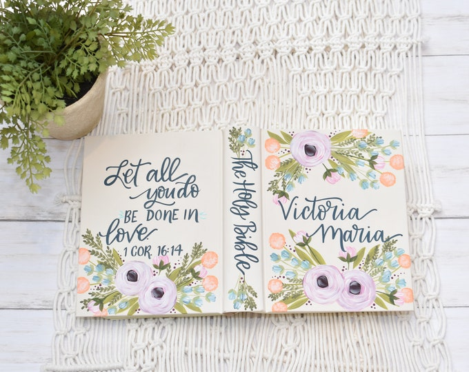 Hand Painted Bible // Specialized Floral Design // Baptism Bible // Graduation Gift for girls // Personal Keepsake