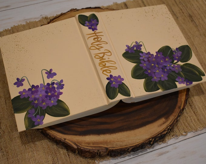 Hand Painted Bible // Specialized Floral Design // Personalized Keepsake