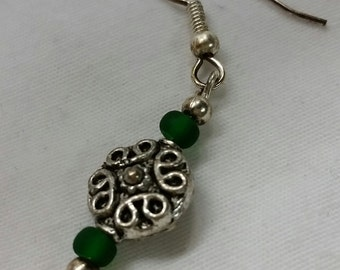 """Silver and Green Dangle  !  1/2"""""""